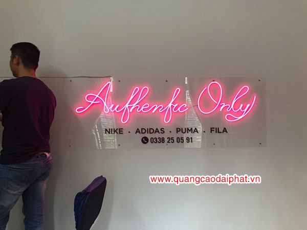Shop giầy Authentic Only